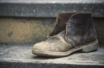 なぜ靴が臭くなるのか?