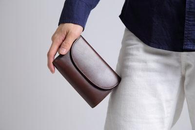 男性へのプレゼントにおすすめレザーアイテム ランキング3位メリル三つ折り財布