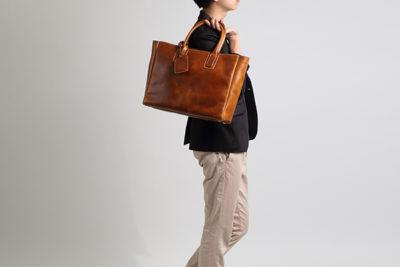 【プレゼント】レザートートバッグが男性に人気。