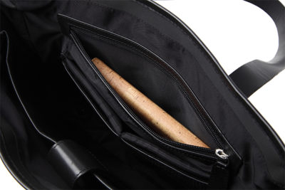 ナイロントートは、おしゃれ通勤に最適軽量バッグ 縦長 メンズ