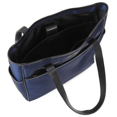 肩掛けしやすい長さ25CMの革ハンドル。 内側ポケットにPC専用クッション付き収納ポケット(13インチ可)ナイロントートメンズ