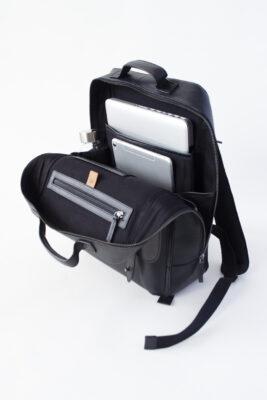 AVERY: ユニセックス バックパック・リュック PC専用クッションとタブレット端末ポケットなど充実した収納ポケット