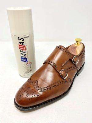 革靴お手入れ完成防水スプレーをオススメします。(AMEDAS:アメダス 日本製コロンブス社)