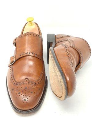 革靴お手入れ前の状態:全体的にオイルが飛んでいる印象。