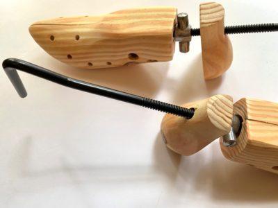 革靴調整シューズストレッチャー(シューズフィッター) サイズが合わない時の靴擦れ防止
