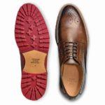 カジュアルスタイルに最もふさわしい外羽根革靴は、これ!